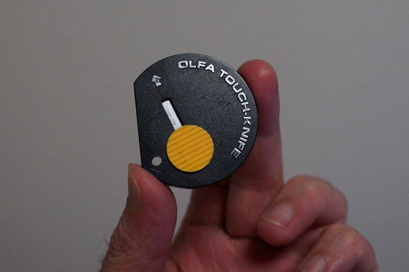 オルファ タッチ ナイフ 3.JPG