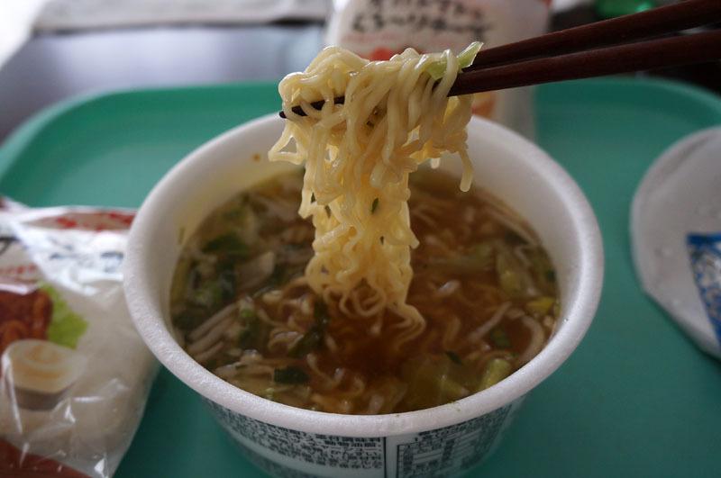 野菜たっぷりおいしいラーメン 6.JPG