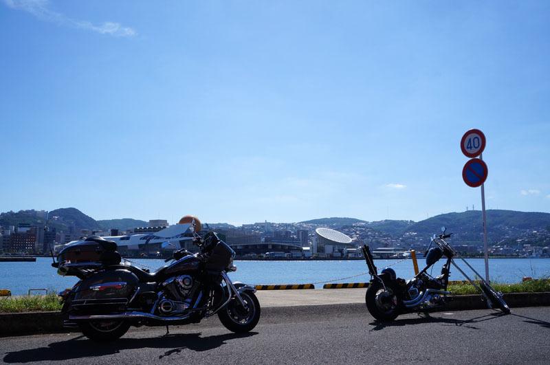 長崎港 バイク.JPG