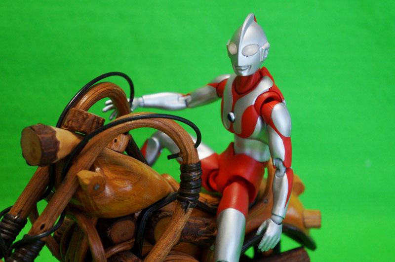 ULTRA-ACT ウルトラマン 2.JPG
