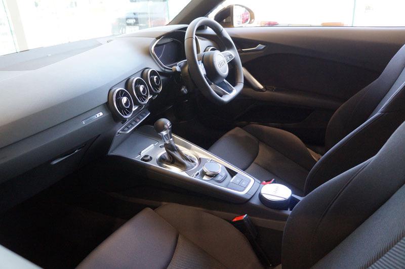 Audi TT Coupé 3.JPG