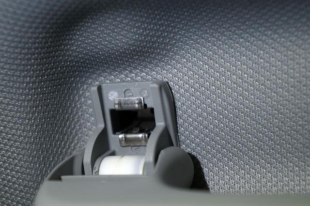 Audi サングラス 収納 ケース メガネ ホルダー 取り付け (10).JPG