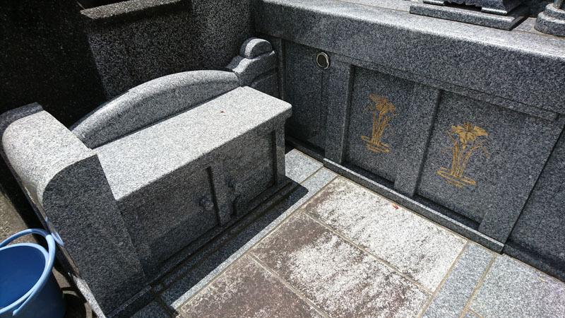お墓 3.JPG