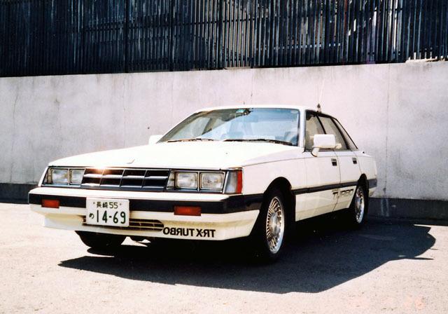 日産レパードTR-X ターボ (1).jpg