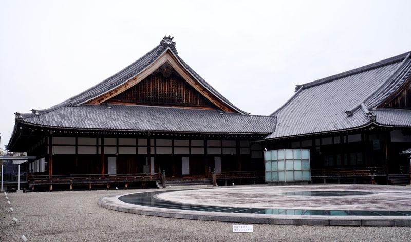 東本願寺 大寝殿.JPG