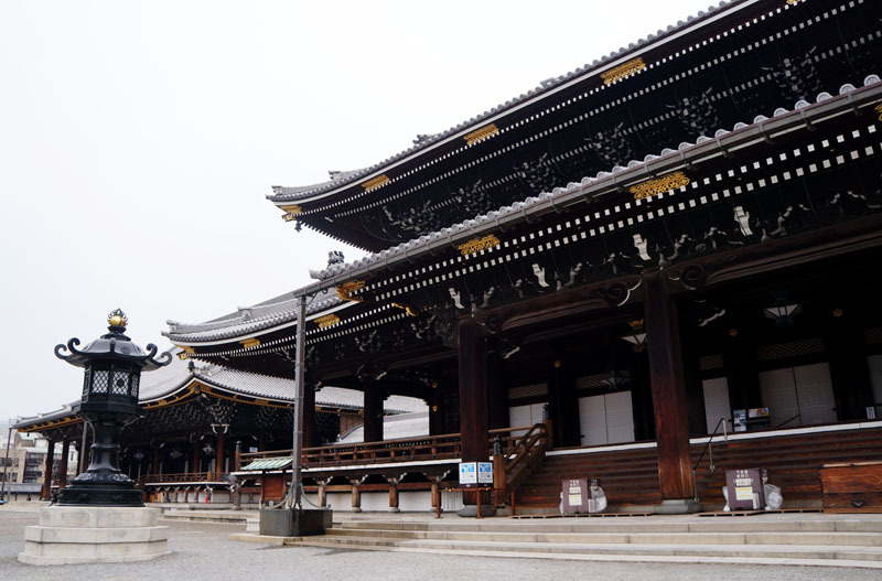東本願寺 御影堂 阿弥陀堂.JPG
