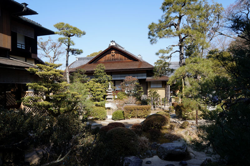 松の下屋 2.JPG