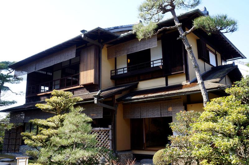 松の下屋 4.JPG