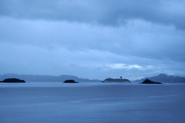 梅雨時の海と空.JPG
