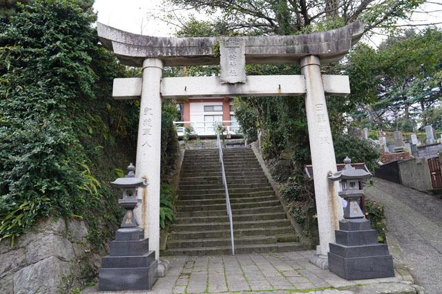 祈りの三角ゾーン (1).JPG