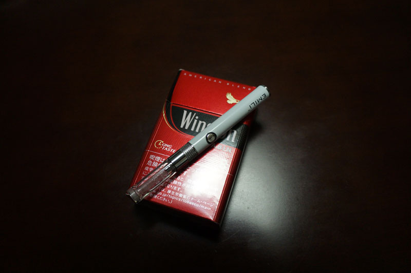 電子タバコ smiss EMILI 5.JPG