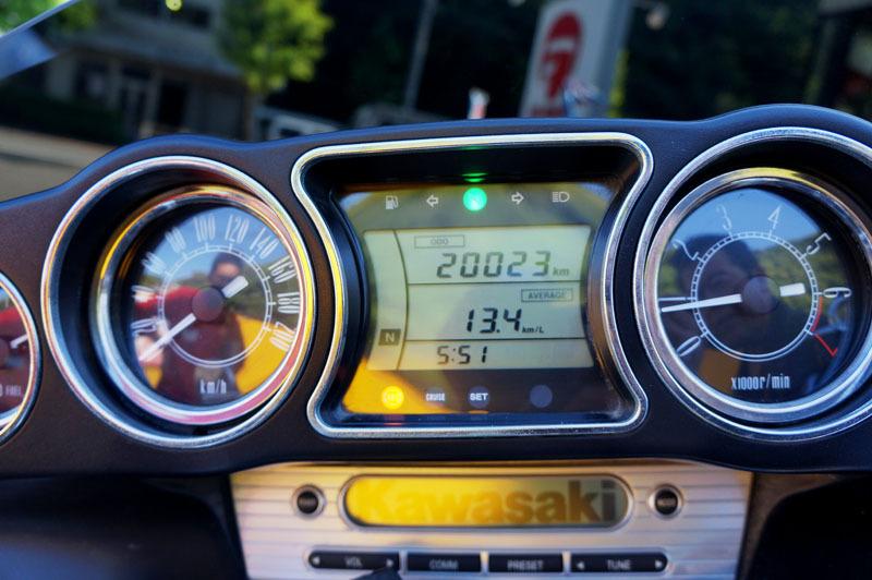 Kawasaki VN1700 VOYAGER ABS 9.JPG